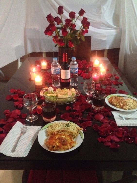 HOST A ROMANTIC DINNER FOR TWO