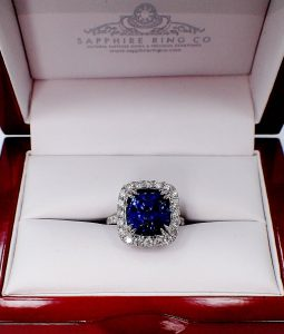 blue-Ceylon-Sapphire-and-white-gold-Ring-for-engagement