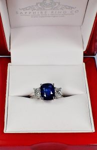 Blue-sapphire-and-diamonds-engagement-ring