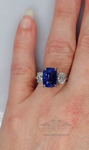Blue-sapphire-platinum-engagement-ring