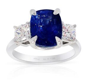 3-stone-sapphire-ring