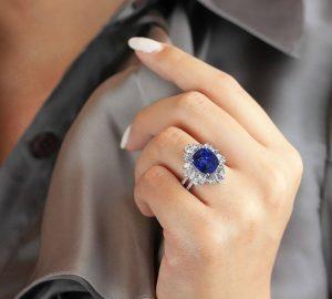 """You Will Never Believe These Facts Behind """"Natural Sapphire Rings"""