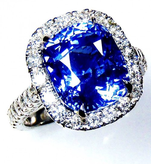 Untreated GIA Certified Platinum 7.21 ct Blue Cushion Cut Natural Ceylon Sapphire & Diamond Ring (Custom ring setting)
