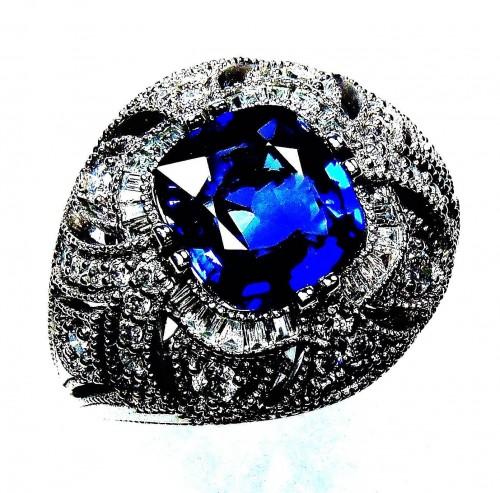 GIA Certified Platinum 3.39 tcw Blue Cushion Cut Natural Ceylon Sapphire & Diamond Ring - GIA G. G Appraisal Value $15,502.90.