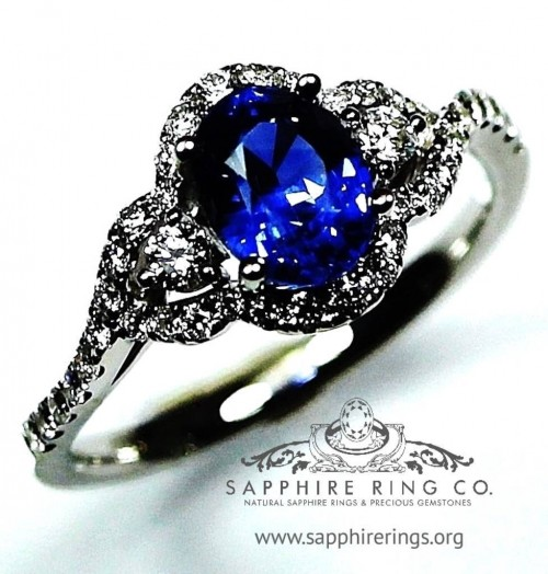 Blue Sapphire Ring, GIA 18 kt  1.61 ct Oval Cut Blue Sapphire & Diamond Setting - 2865