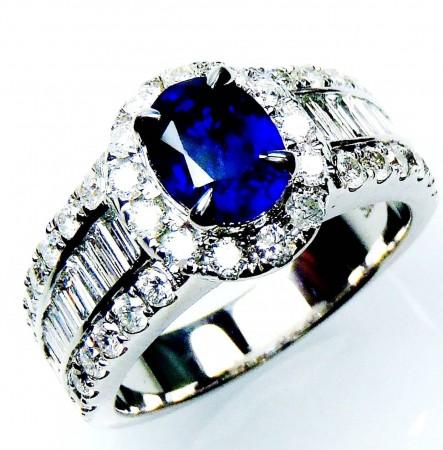 To custom make new ring, GIA  18kt 1.54 ct Blue Oval Natural Ceylon Sapphire & Diamond Ring - 2914